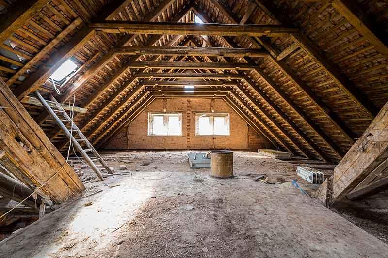 Dachboden Renovierung Handwerker Dämmung